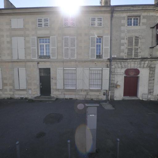 White Babel - Leçon de musique et chant - Poitiers