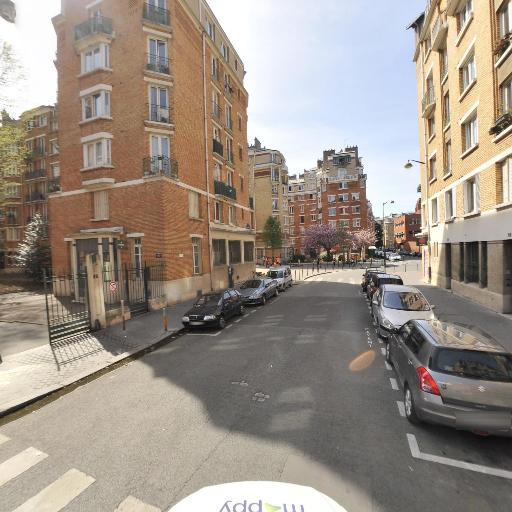 Azzoug Kamal - Chauffeur d'automobiles - Paris