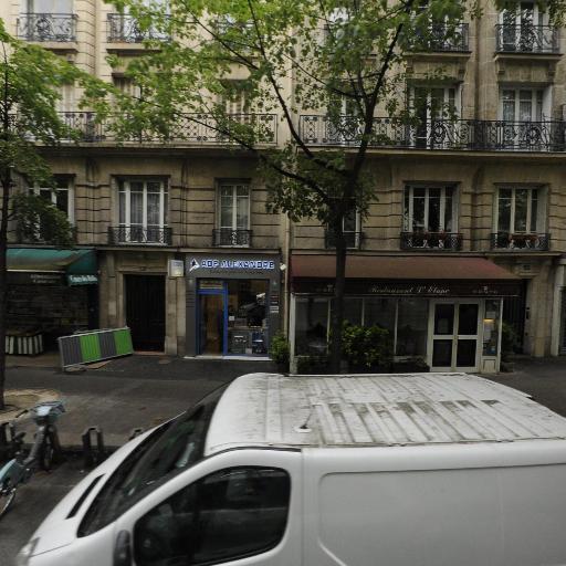 Station Vélib' Convention - Lourmel - Vélos en libre-service - Paris