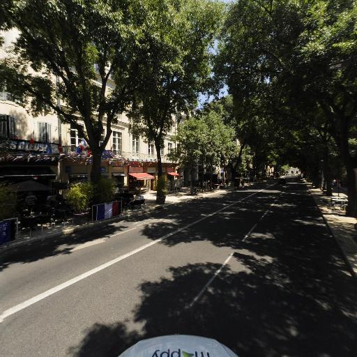 Le Victor Hugo - Café bar - Nîmes