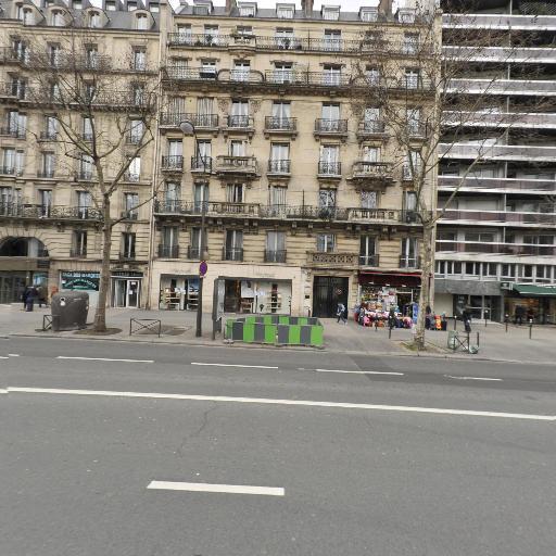 Renaud Foussard - Soins hors d'un cadre réglementé - Paris