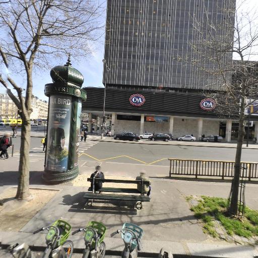 Station Vélib' Gare Montparnasse - Arrivée - Vélos en libre-service - Paris