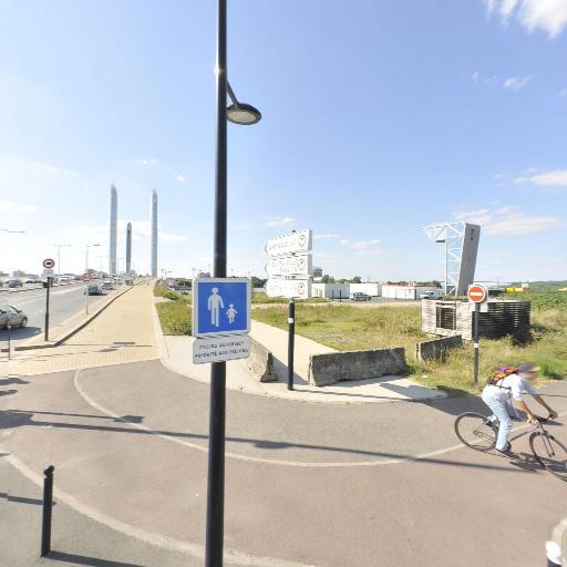 Actes - Collecte et recyclage de déchets ménagers - Bordeaux