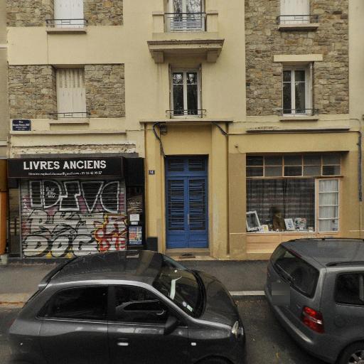 Librairie Raphaël Thomas - Achat et vente d'antiquités - Rennes