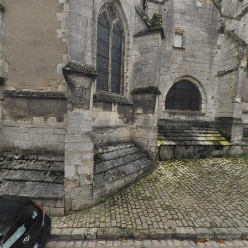Église St-Aignan - Attraction touristique - Orléans