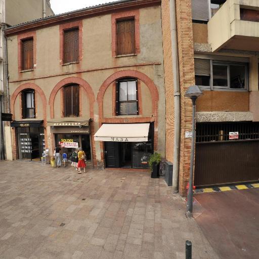 Adnm - Dépôt-vente de meubles - Toulouse