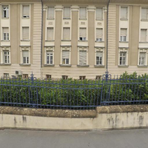 Ministère des Armées Hôpital d' Instruction des Armées Legouest - Hôpital - Metz